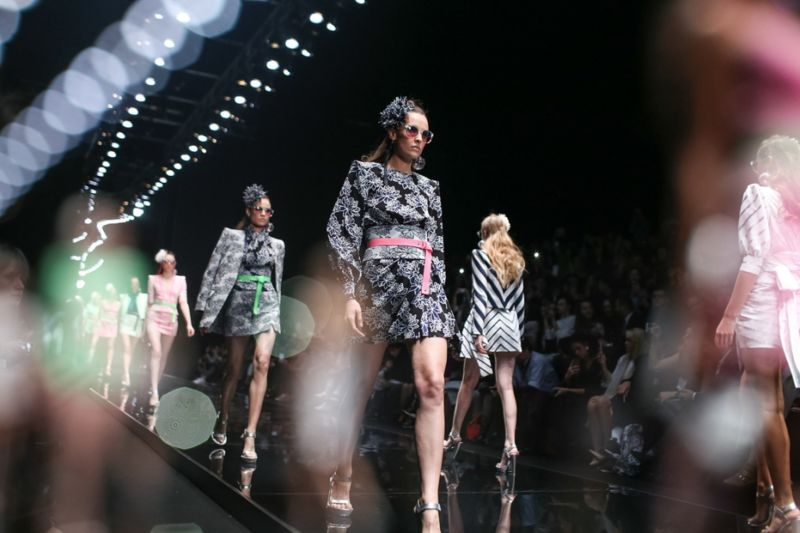 Virtual Fashion Shows