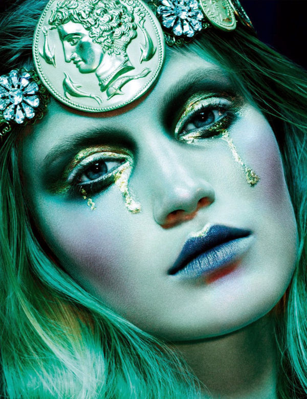 Gothic Dream Girl Editorials