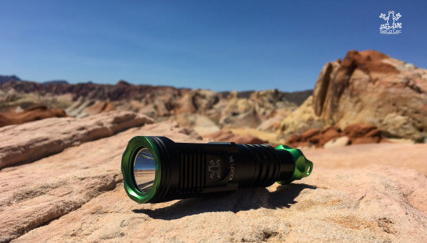 Scuba-Specializing Flashlights
