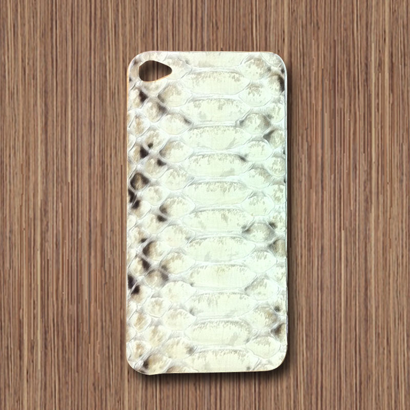 white iphone 4 snakeskin skin