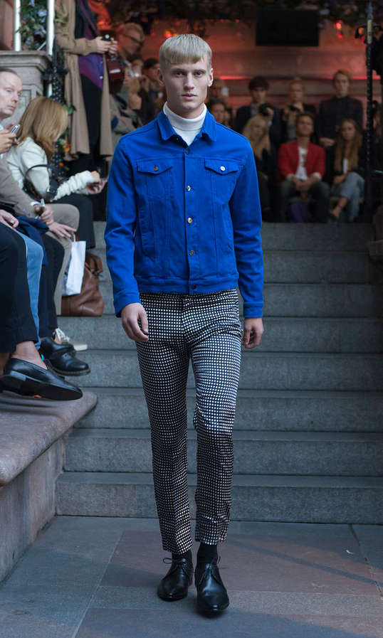 Contemporary MOD Catwalks