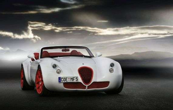 Vintage-Styled Sports Cars