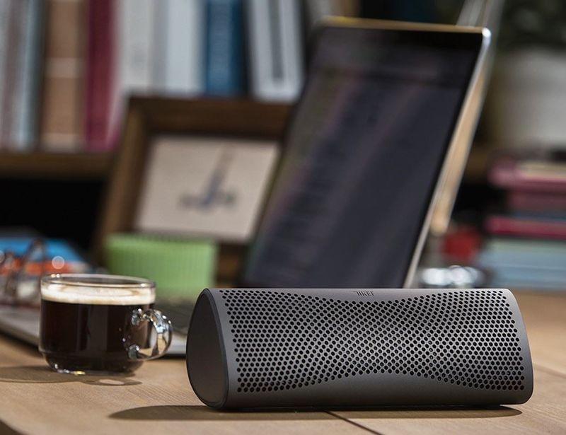 Interconnecting Wireless Speaker Units