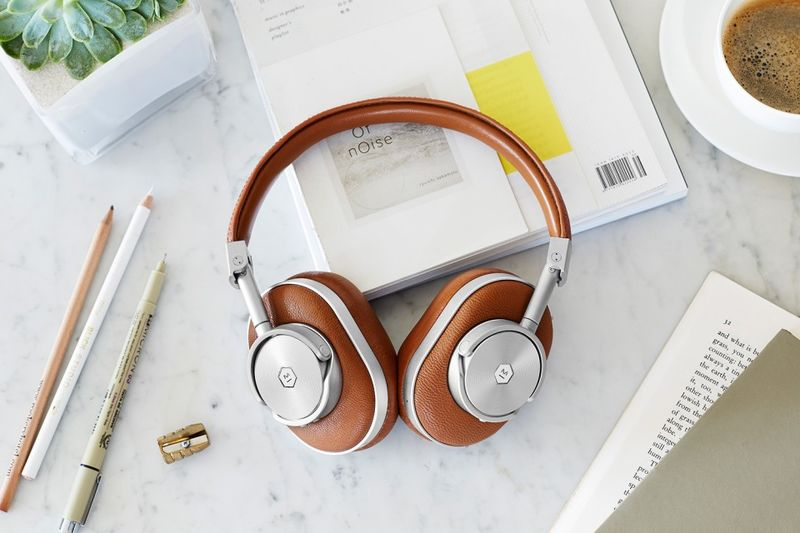 Strong Wireless Signal Headphones