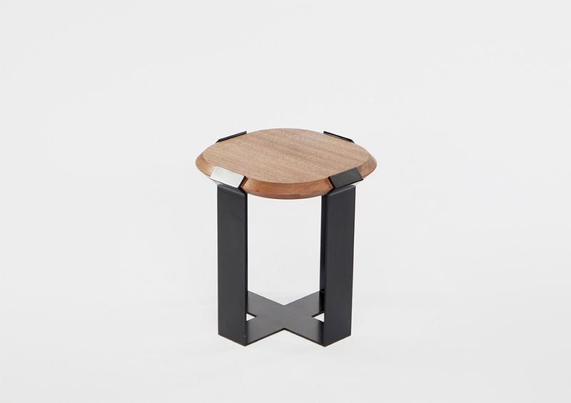 Diamond Ring-Inspired Tables