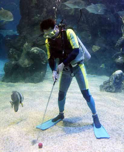 Underwater Golf Tournaments
