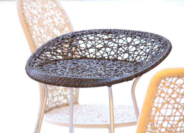 woven patio chairs