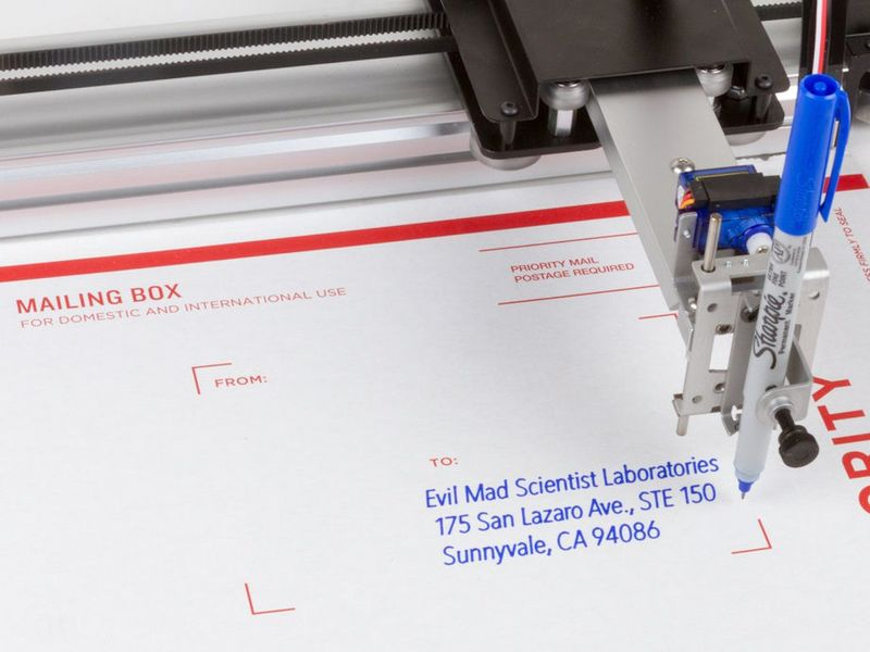 Robotic Creation Writing Machines