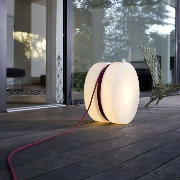 Illuminating Yo-Yo Lamps