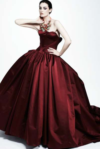 Curvaceous Courtly Couture