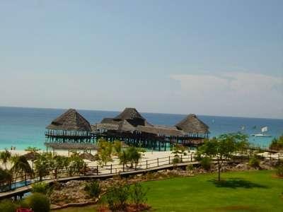 Gemma del Est Zanzibar: Paradise in Africa
