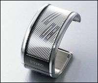 Bendable ePaper Seiko Watch