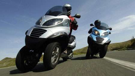 Troublesome Tricycles - 3-Wheeled Vespa Piaggio MP3 Sports Interesting Image