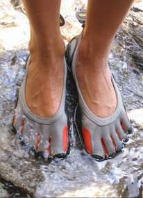 Barefoot Shoes - Five Fingers Shoes Let Toes Feel Free Without the Worry