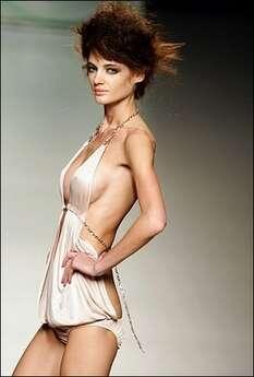 Madrid Bans Skinny Models From Catwalk