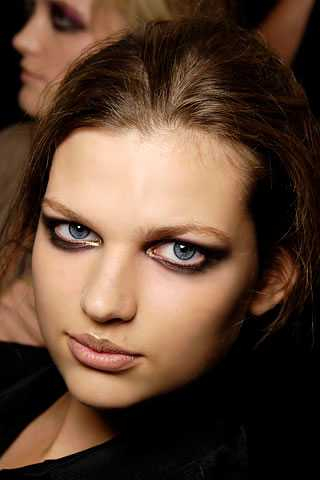 Damsel in Distress Makeup