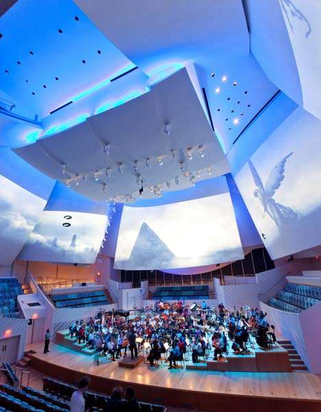 Abract Amphitheaters - The Frank Gehry New World Center Adds a Fresh Angle to Live Music