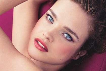 Magenta Makeup Campaigns