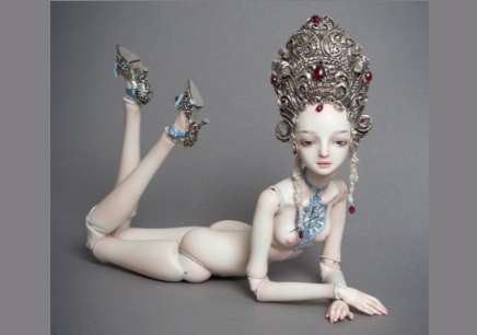 Intricate Crowned Figurines