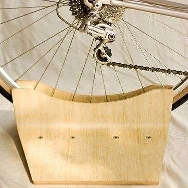 Minimalist Bike Stands : Pinch Stand