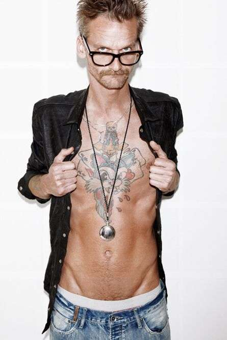 Expressive Chest Ink Lookbooks
