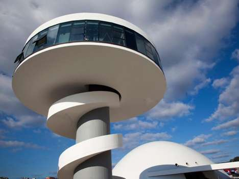 UFO Architecture - The Centro Niemeye was Designed by 103-Year-Old Architect