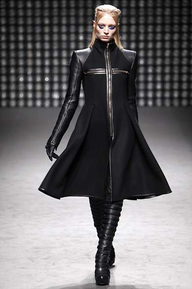 Luxe Metallic Frocks - The Gareth Pugh Winter Collection is Glamorously Dark