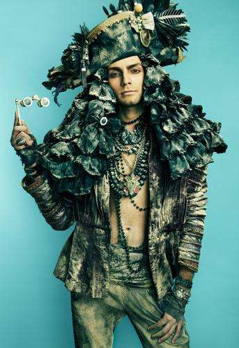 Trashy-Chic Photograhy - The Danil Golovkin Garbage Reign Photo Shoot Celebrates Royalty
