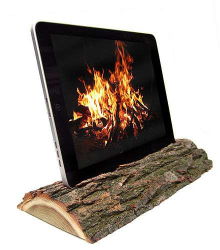 Eco iDocks - The i-Log for iPad Uses Reclaimed Wood for an Elegant Nature-Friendly Effect
