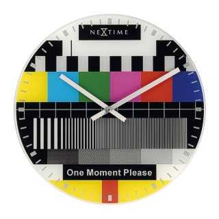 Test Page TV Clock - Back in Time With Polychromatic Graphics