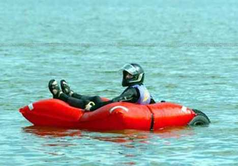 Self-Inflating Rescue Case