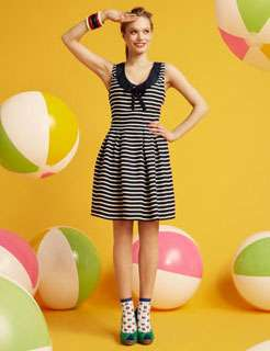 Bouncing Beach Ball Lookbooks