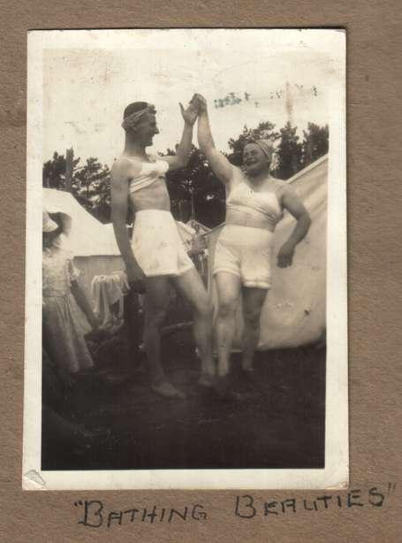 Eccentric Vintage Photoblogs
