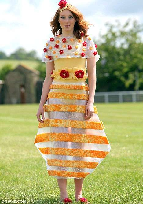 Cheesy Couture Creations - The 'Versa-Cheese' Runway Collection is Edible