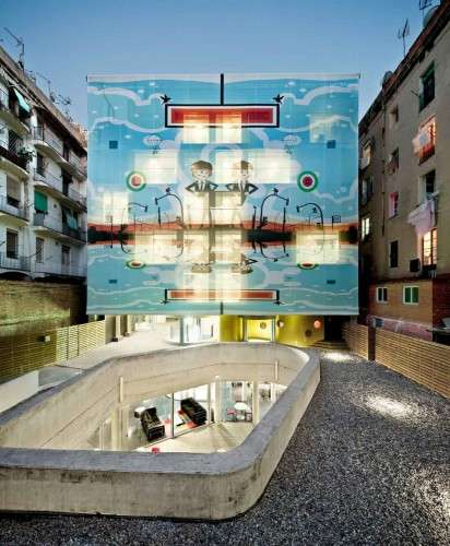 Pop Art-Wrapped Hotels