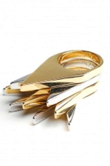 Nerveless Metal Rings