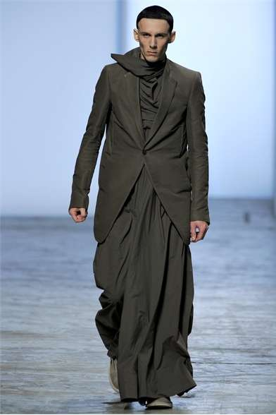 Modern Monk Man Skirts