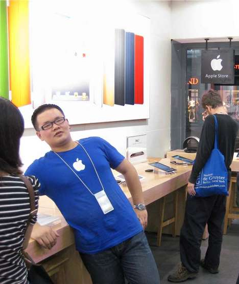 A Fake Apple Store Pops Up in Southwestern China