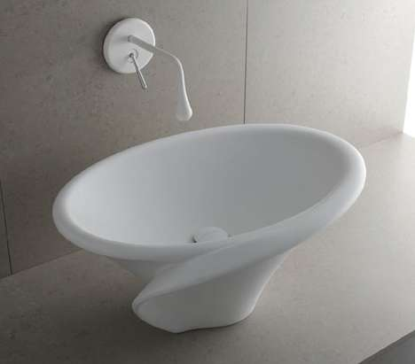 Lily-Shaped Sinks