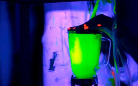 Glow Stick Stopmotion Ads - Colombian Company Bon Yurt Hypnotizes with 'Mundo Neon' Yogu