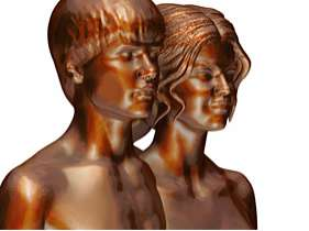 Nude Teen Superstar Sculptures - This Justin Bieber and Selena Gomez Piece by Daniel Edwards is Odd
