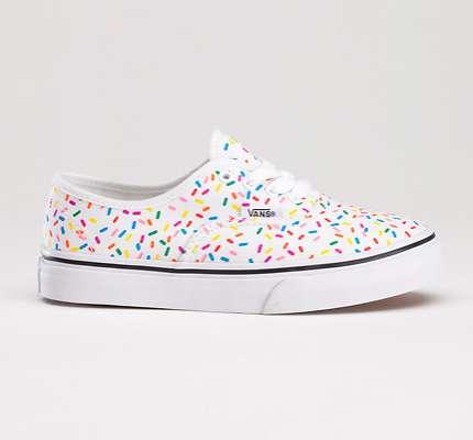 Sugary-Sweet Sneakers : Rainbow