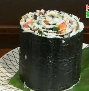 Ridiculously Large Rolls - Giant Sushi is Taking Over in Japan Among Diehard Fish Fans