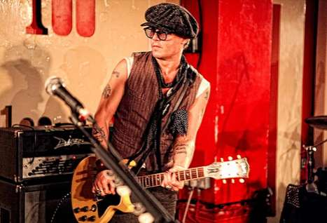 Johnny Depp Plays Guitar For Alice Cooper at London's 100 Club