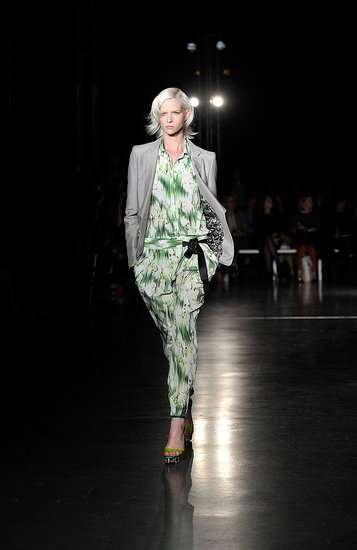 The Matthew Williamson Spring 2012 Collection is Perfectly Chic