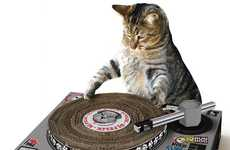 Feline Turntable Scratchers - Cat Scratch Lets Pets Do the Spinning