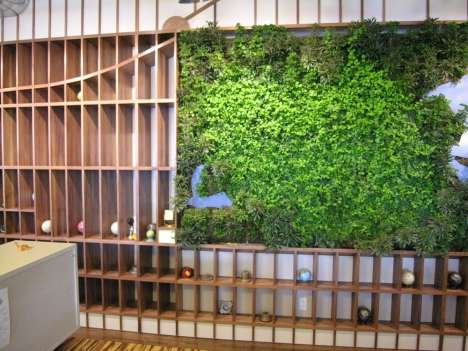 The Living Wall is a Perfect Recreation of Manhattan