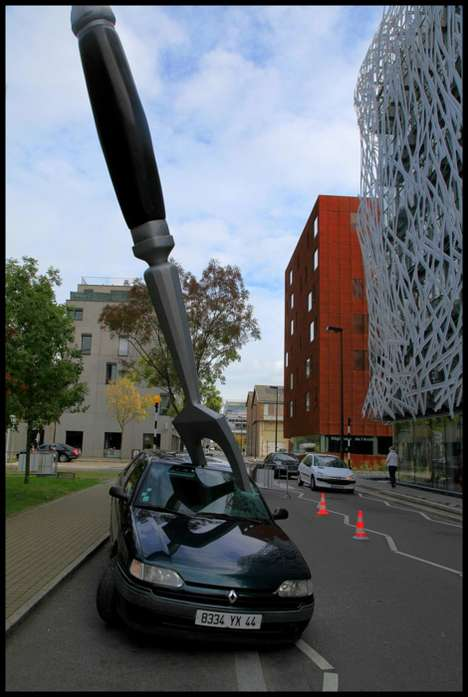 Car-Impaling Forks - Royal De Luxe's Amuse Gueule Stunt Advertises IDM's Bulthaup Kitchen Line