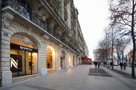 Chic Café - Nestlé's Nespresso Boutique In Paris