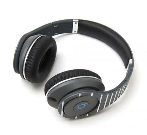 Minimalist MC Headphones